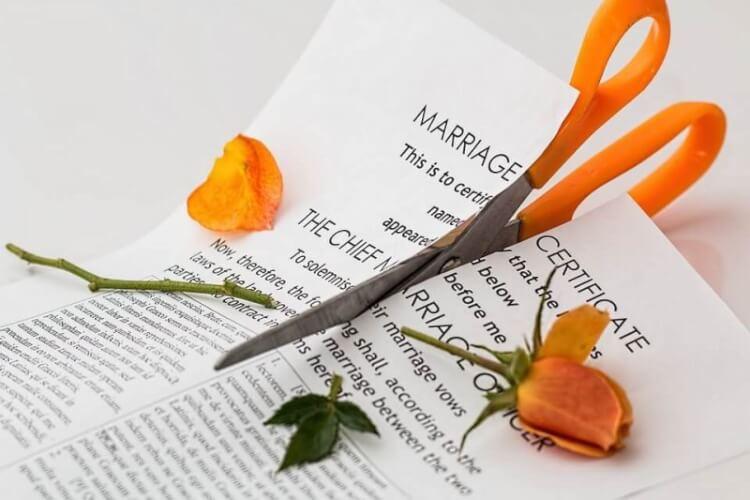 Rencontres en ligne après le divorce – Se remettre dans le jeu !