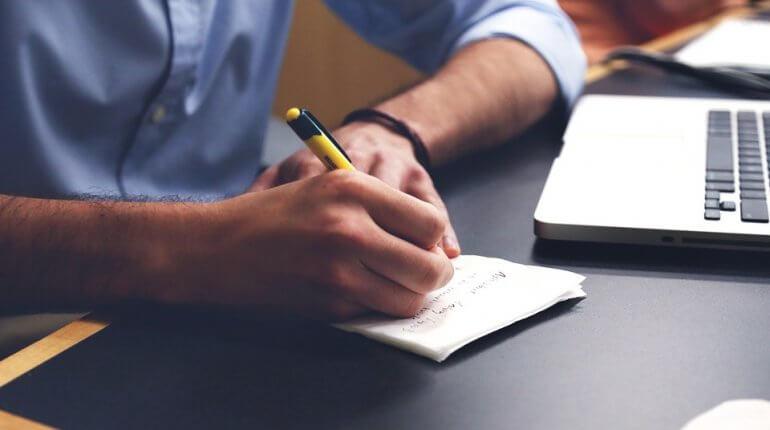 Les meilleurs mots à utiliser sur votre profil de site de rencontre